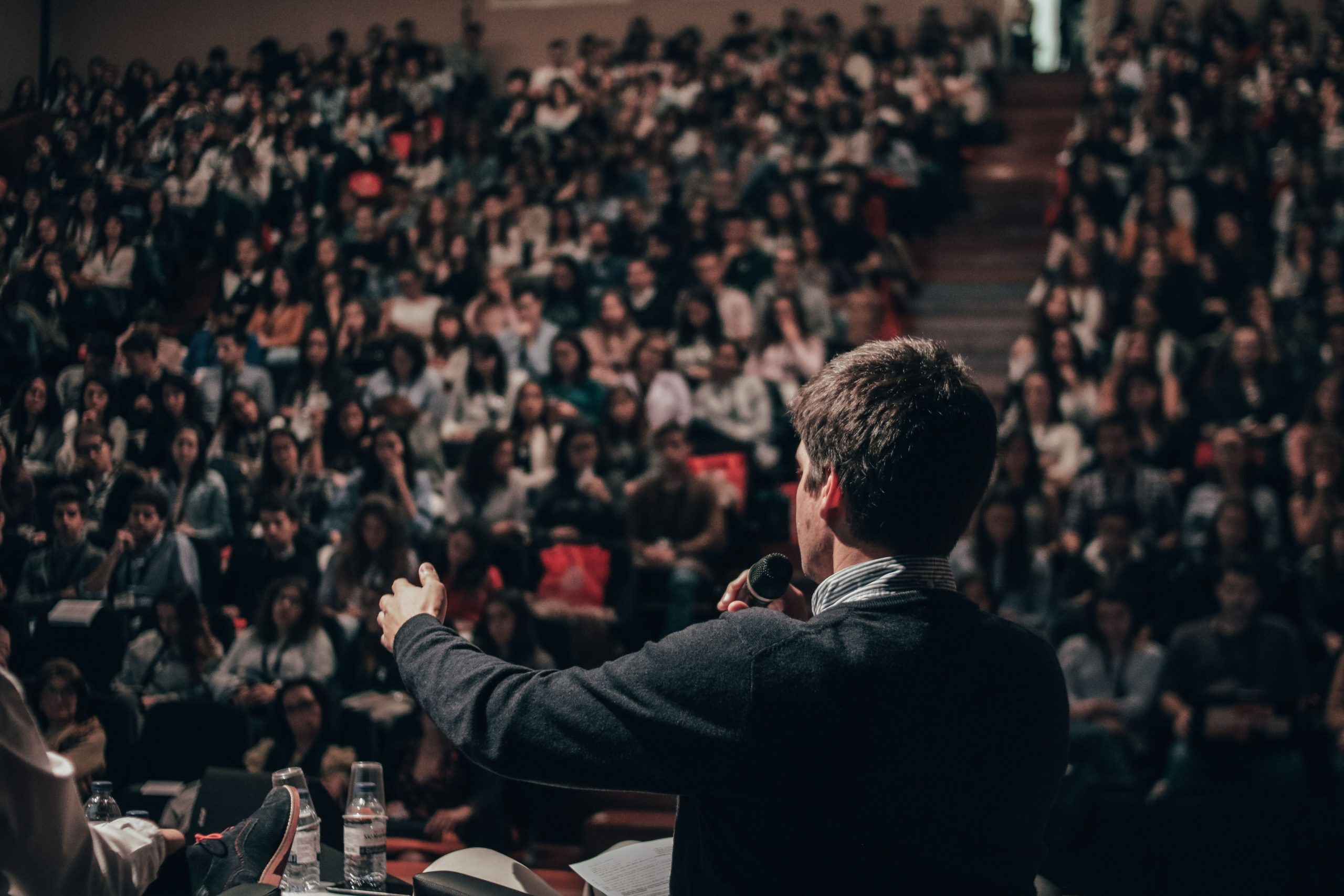 Five Things Every Event Moderator Should Have On Their Checklist